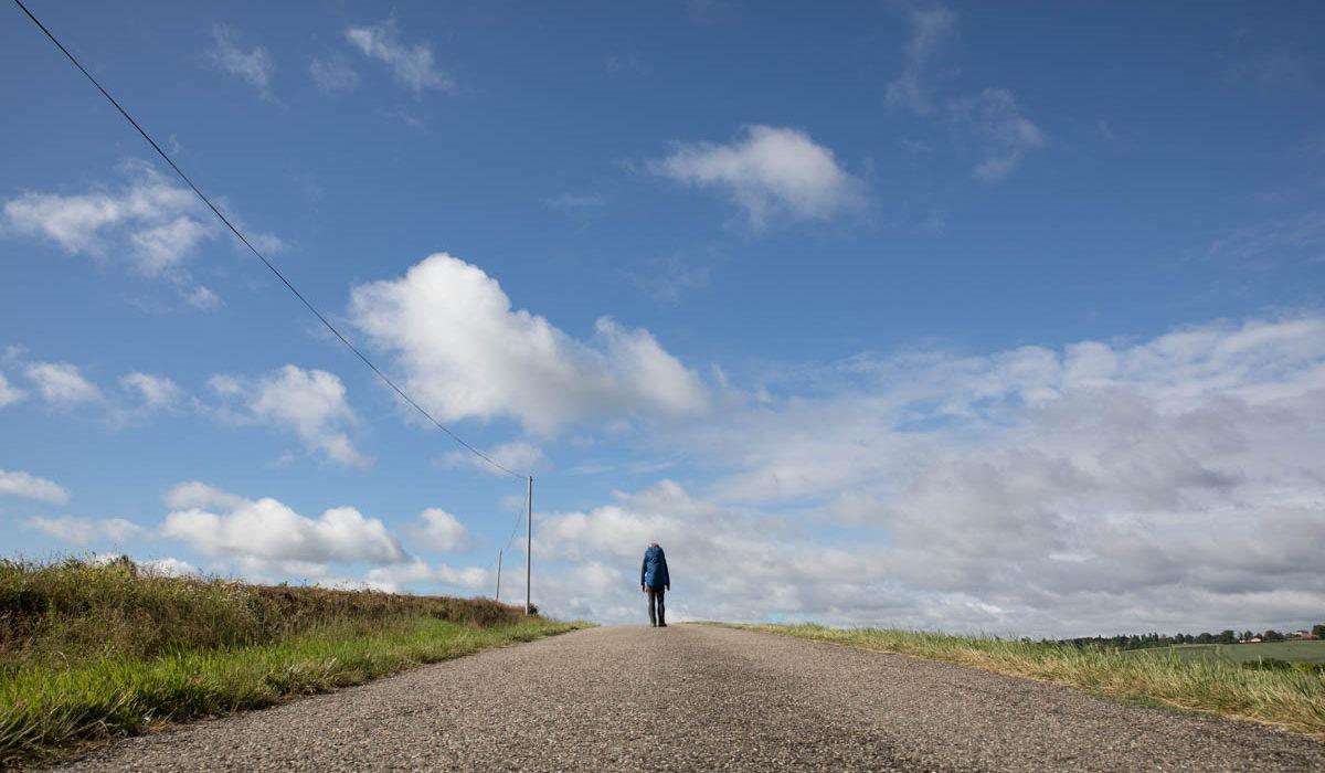 【サンティアゴ巡礼・ル・ピュイの道】25日目:旅を終えていく人々。 ラ・ロミュー 〜 コンドン 16km